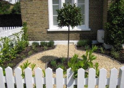 Front Garden HQ 002